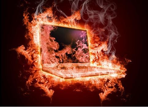 laptop-on-fire.jpg.62b54e7cb7d202bfc8b2b06b7fb7ad96.jpg